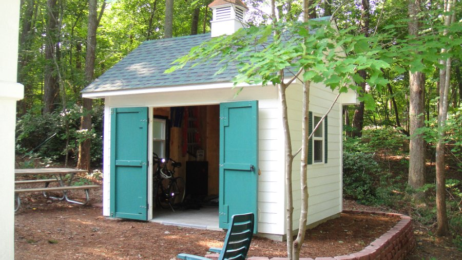 custom backyard sheds various design